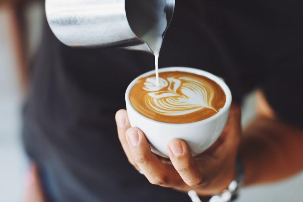 パフォーマンスを劇的に上げるカフェインの効果