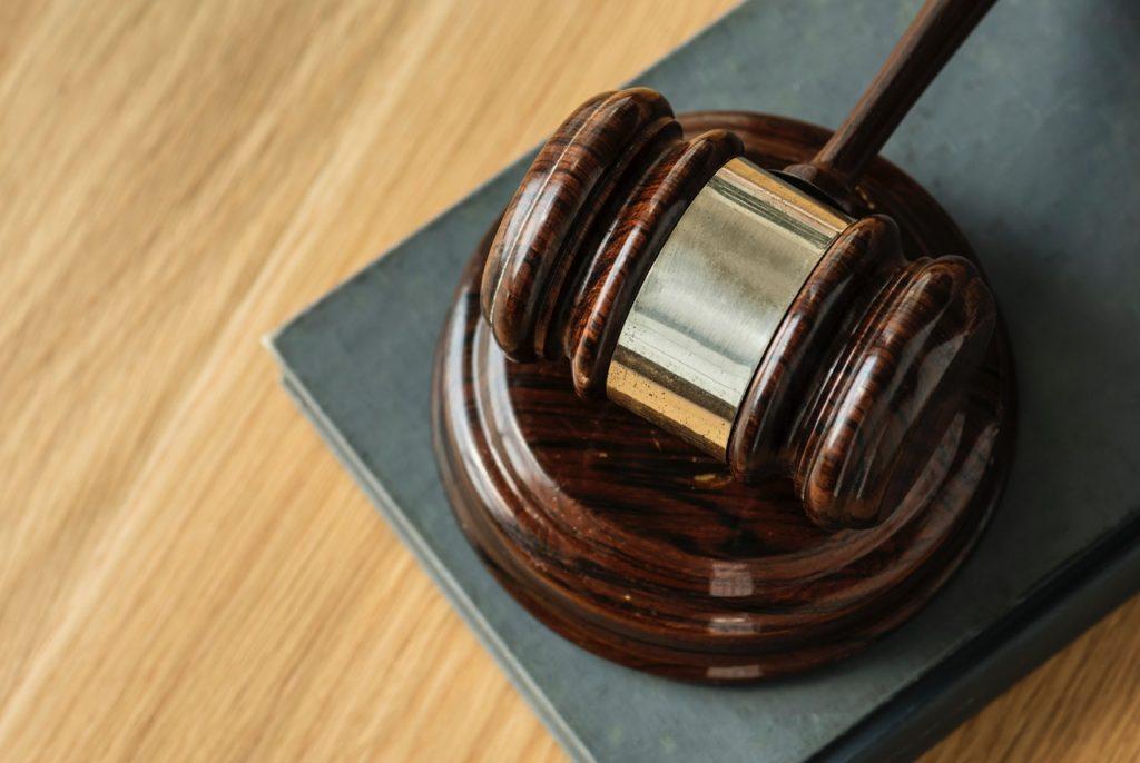 理不尽な請求内容の場合は裁判所と弁護士の介入もあり