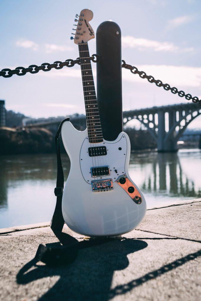 初心者におすすめのギター【特徴・値段別に紹介】