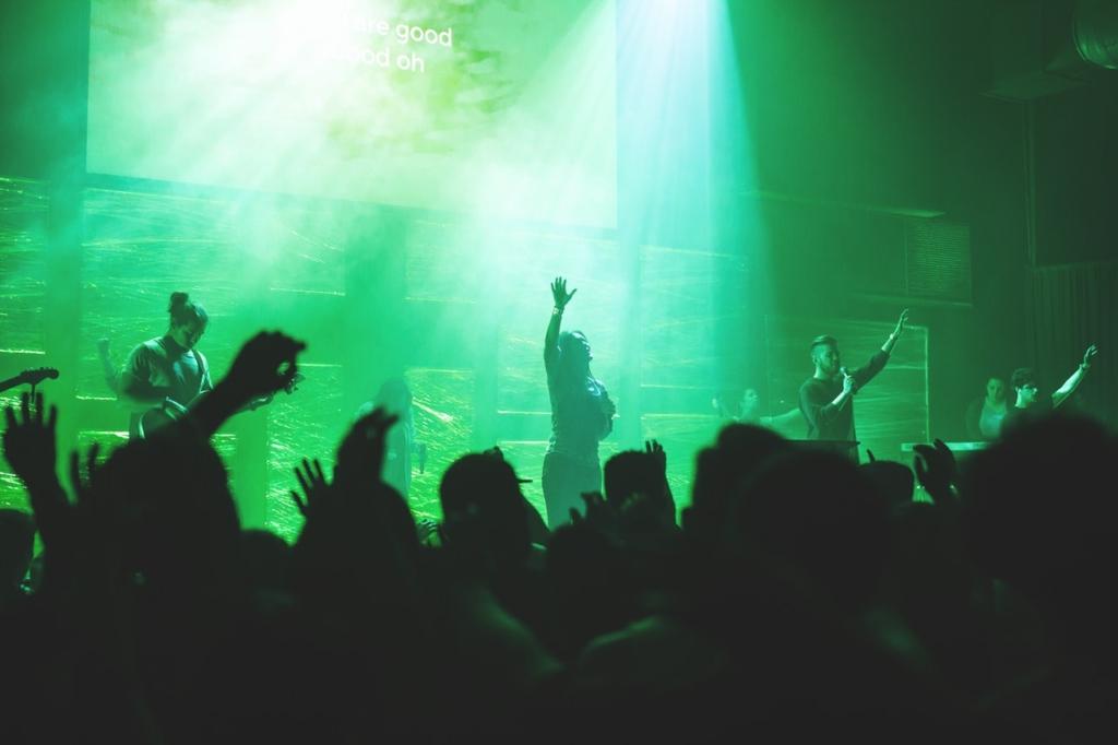インディーズバンドがファンを増やしながら収益化するシンプルな方法