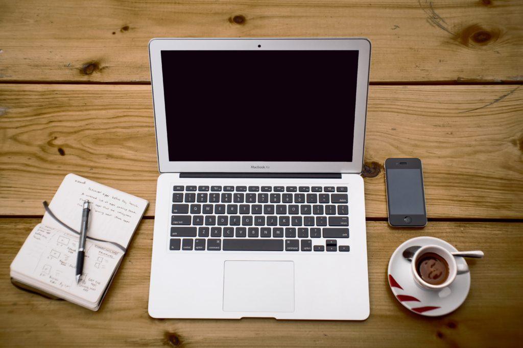 ノートのとり方はデジタル?アナログ?有利な学習方法